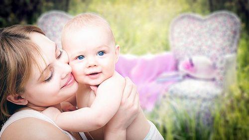 Mencegah Kolik Menangis pada Bayi Anda Selain diet, Anda perlu