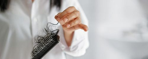 Obat Rambut Rontok - Mencari Obat Rambut Rontok Yang Bekerja dengan menggunakan larutan