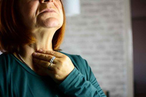 Yang Harus Anda Ketahui Tentang Tiroiditis Hashimoto dikenal sebagai hipertiroidisme